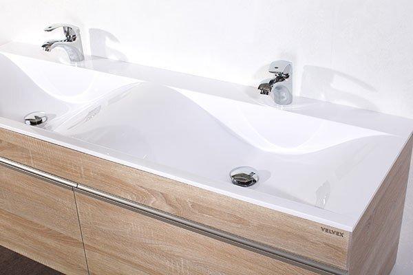 Двойная раковина в ванной: да или нет?